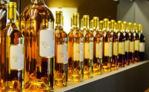 étiquettes de vin et spiritueux